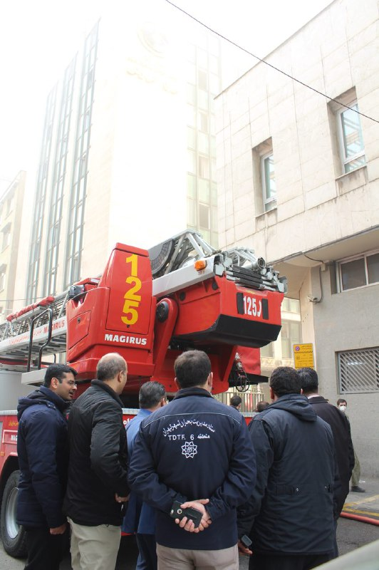 آتش سوزی در حوالی میدان ولیعصر (عج) به خیر گذشت