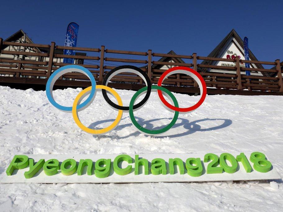 تمام ورزشکاران از جمله ایرانی ها گوشی سامسونگ می گیرند