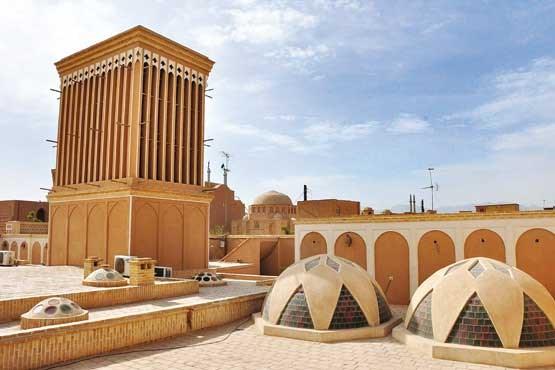 نصب پنل انرژی خورشیدی بر روی همه بامهای یزد