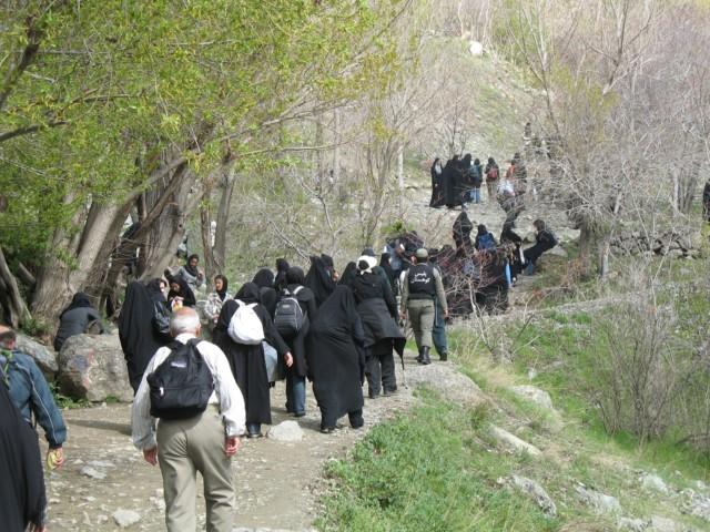 میزبانی منطقه یک شهرداری تهران از یک هزار شهروند در ارتفاعات توچال