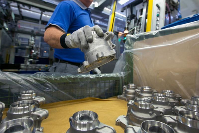 ساخت خودروهای جدید رونق قطعهسازی را به دنبال دارد