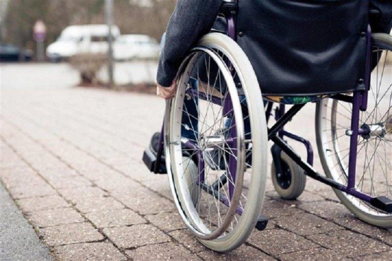 مناسب سازی گذر چهارراه ولیعصر برای افراد دارای معلولیت