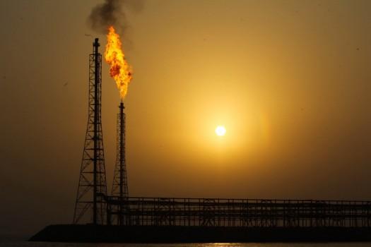۹ قرارداد نفتی به ارزش یک میلیارد دلار با شرکتهای ایرانی امضا شد