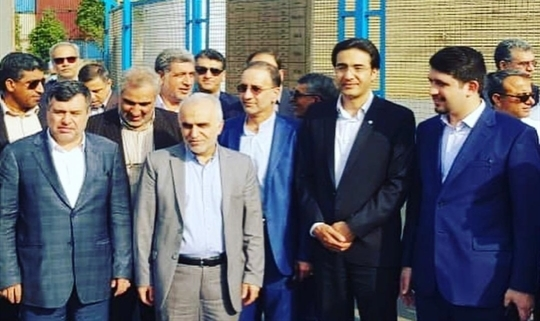 بررسی وضعیت کالاهای متروکه در بندر شهید رجایی با حضور وزیر اقتصاد