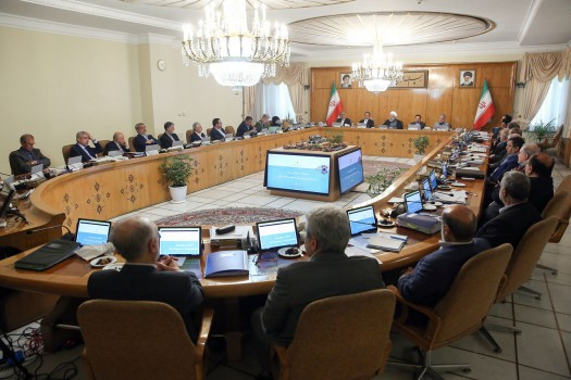 تصویب آئیننامه اعطای مجوز اقامت پنجساله به اتباع خارجی سرمایه گذار در ایران