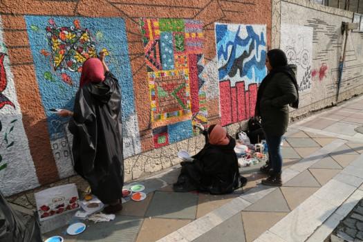 مشق هنر روی دیوارهای قلب پایتخت