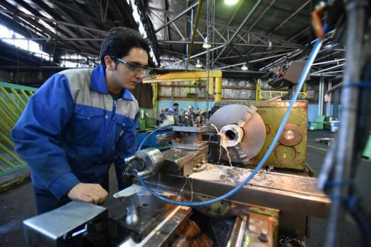بومیسازی ۶۰ درصد تجهیزات مورد نیاز صنعت نفت