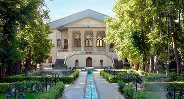 گذر سینما در باغ فردوس اجرا میشود