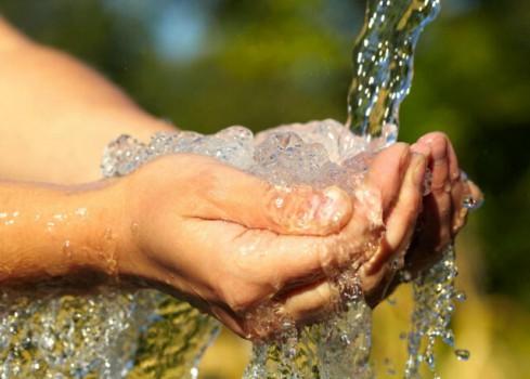 بهرهمندی ۹ میلیون روستایی از آب شرب سالم تا پایان دولت دوازدهم