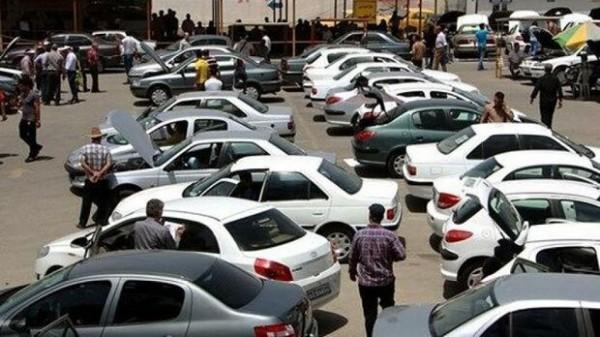 بازار بیرونق خودرو در انتظار تثبیت نرخ ارز