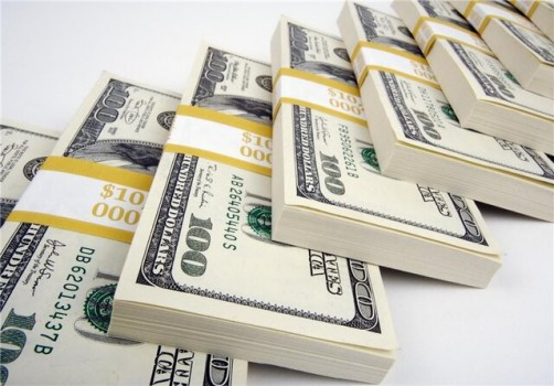 کاهش ۴۱۰ تومانی نرخ دلار در آخرین روز فروردینماه