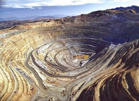 بیش از ۳۰۰ معدن به مدار تولید بازگشتند