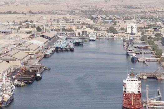 طرح راهبردی پایانه نفتی جاسک درحال اتمام است