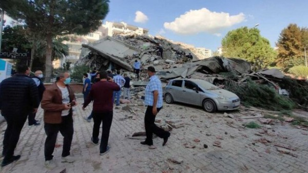 وقوع زلزله ۷ریشتری در ترکیه و تخریب ۲۰ ساختمان در ازمیر