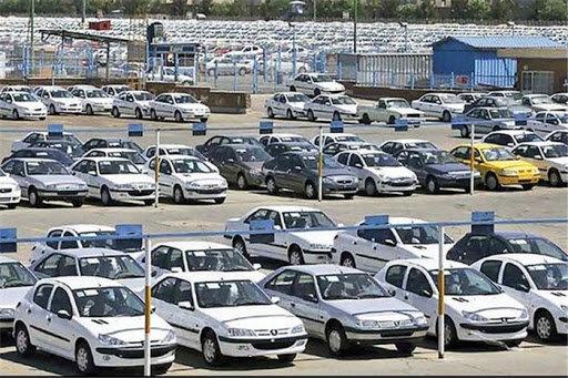 ریزش قیمتها و نگرانی دلالان خودرو