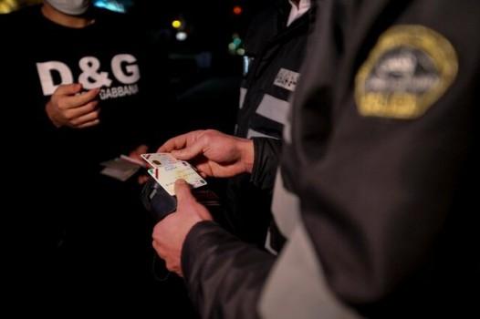 تذکر به ۱۰هزار واحد صنفی و ارسال ۴۵۲۲۸ پیامک به رانندگان متخلف کرونا در روز گذشته