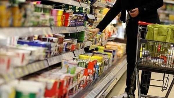 افزایش ۵۰ درصدی قیمت کالاهای اساسی نسبت به سال گذشته