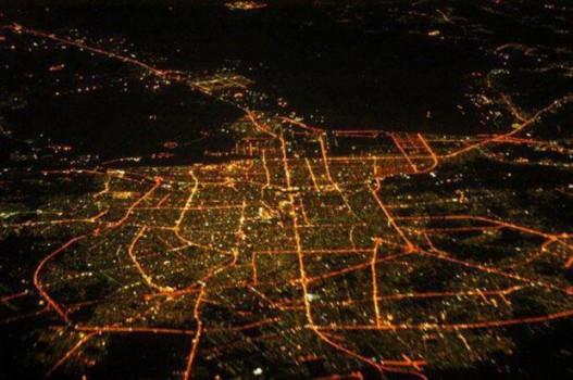 وزارت راه در بزرگراهها از لامپهای کممصرف استفاده کند