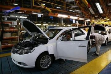 صنعت خودروسازی از مسیر سند چشمانداز ۱۴۰۴ دور شده است