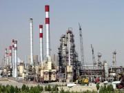 وزارت نفت ملزم به ارائه گزارش میزان صادرات نفت به مجلس شد