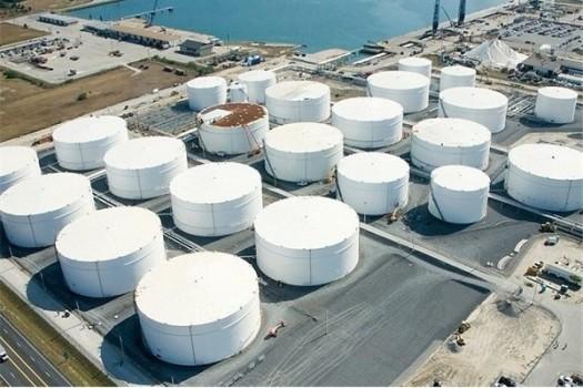 آتشسوزی در یکی از مخازن نفتی عربستان