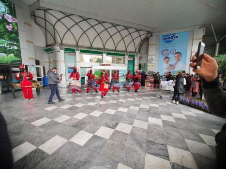حرکت کاروانهای نوروزی در قلب پایتخت ایران اسلامی