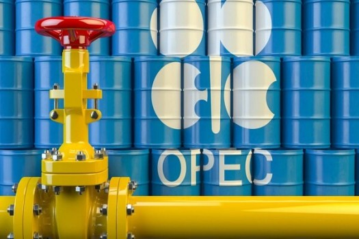 تلاش اوپک و غیراوپک در کاهش ذخیرهسازیهای نفت موفق بود