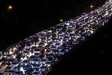 ترافیک محورهای شمالی به سمت تهران سنگین است