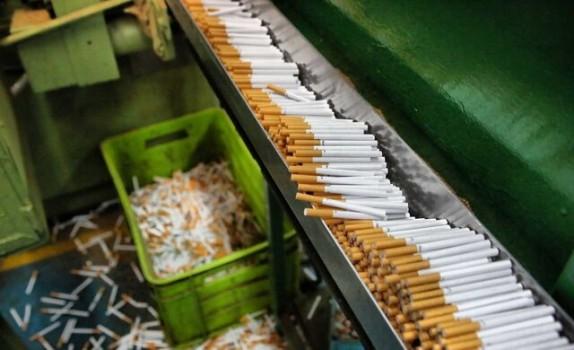قاچاق بیش از ۶ میلیارد نخ سیگار در سال ۹۹