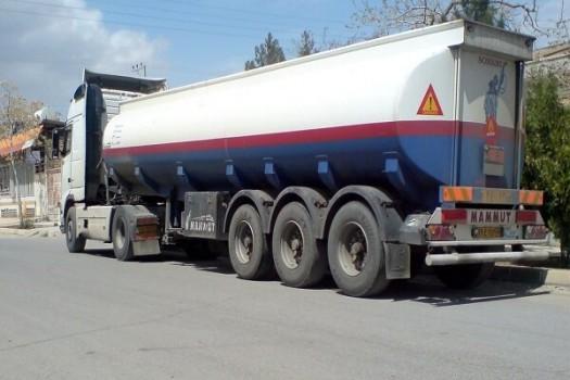 واگذاری ساماندهی کامیونهای حامل مواد سوختی و خطرناک به سازمان راهداری