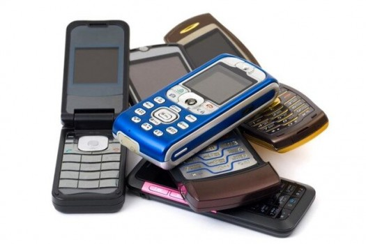 بازرسیها، واردات گوشی فیک بازار را تایید نکردند