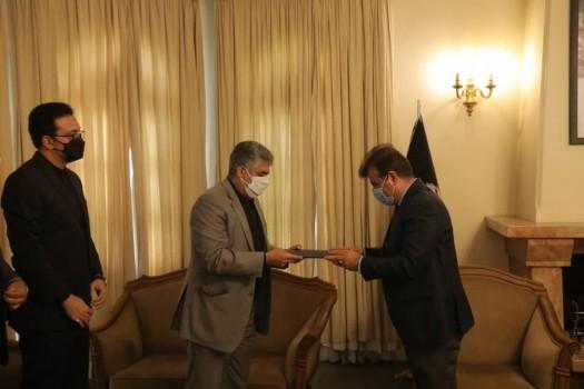 ابلاغ پیام تسلیت شهردار تهران به سفیر افغانستان، توسط شهردار منطقه ۲