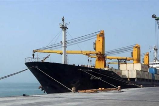 پهلوگیری کشتی حامل ۶۸ هزار تن شکر خام در بندر امام خمینی(ره)