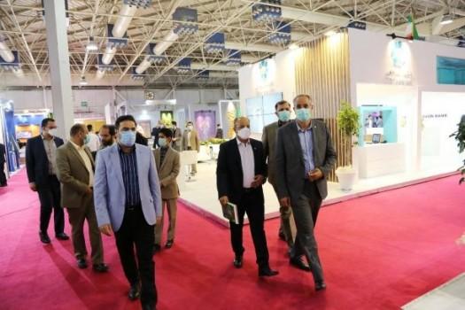 حضور اعضای هیات مدیره بانک توسعه تعاون در نمایشگاه بورس، بانک و بیمه