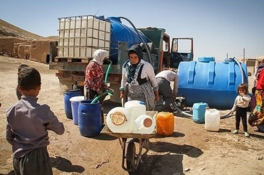 ورود ستاد اجرایی فرمان امام برای حل مشکل آب ۷۰۲ روستای بحرانزده خوزستان