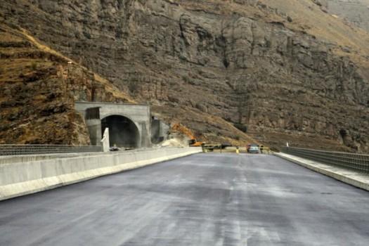 بلندترین تونل خاورمیانه در آزادراه تهران – شمال گشایش یافت