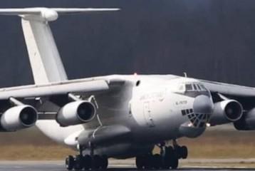 اعزام هواپیمای آتش نشان برای اطفاء آتش تالاب انزلی با دستور وزیر دفاع
